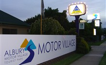 Albury Motor Village - Tourism Bookings WA