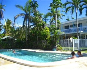 Absolute Backpackers Mission Beach - Tourism Bookings WA