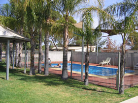 Merredin Caravan Park  Av-A-Rest Village - Tourism Bookings WA
