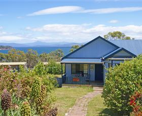 Bruny Island Accommodation Services - Omaroo Cottage - Tourism Bookings WA