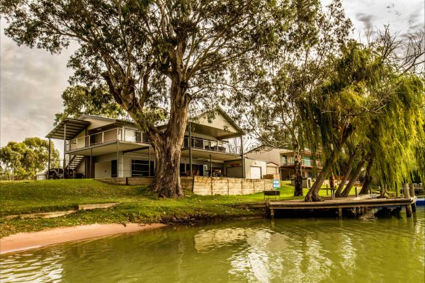 River Shack Rentals - Living the Dream