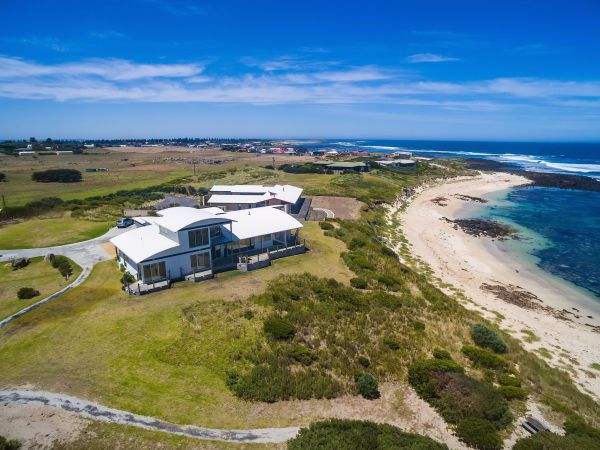 Wytonia Beachfront Accommodation - Cottages for Couples