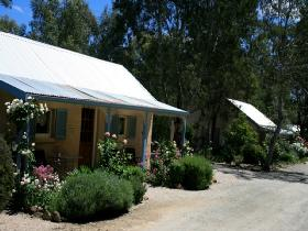 Riesling Trail Cottages - Tourism Bookings WA