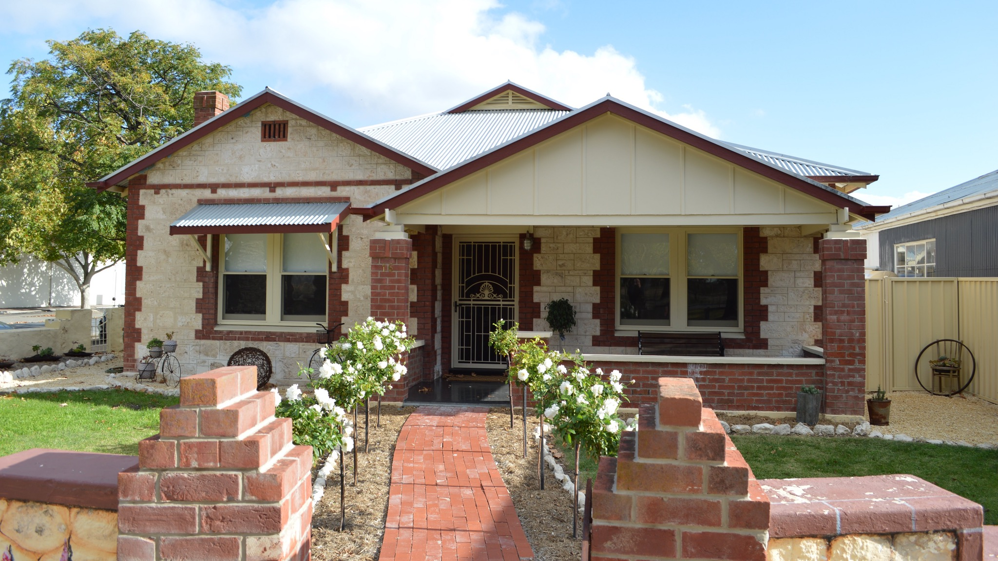 Two Cow Cottage Bed and Breakfast - Tourism Bookings WA