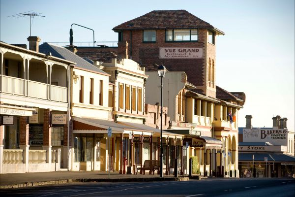 Vue Grand - Tourism Bookings WA