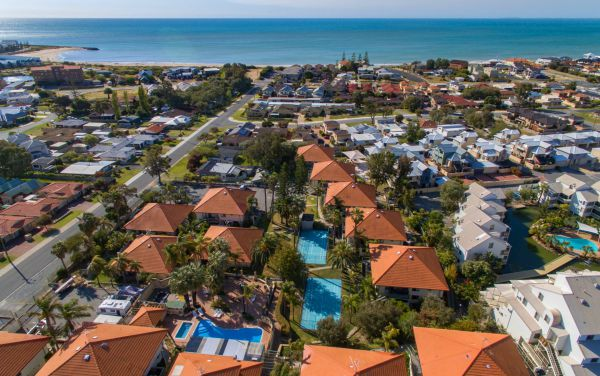 Mandurah Family Resort - Tourism Bookings WA
