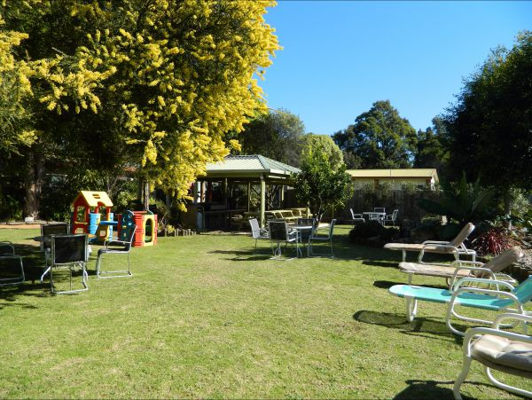 Melaleuca Grove Holiday Units & Motor Inn