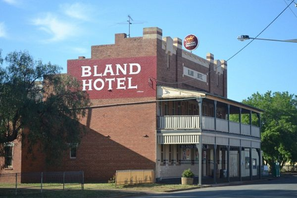 Bland Hotel - Tourism Bookings WA