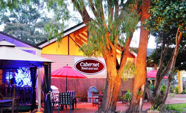 Kingsley Motel and Cabernet Restaurant - Tourism Bookings WA