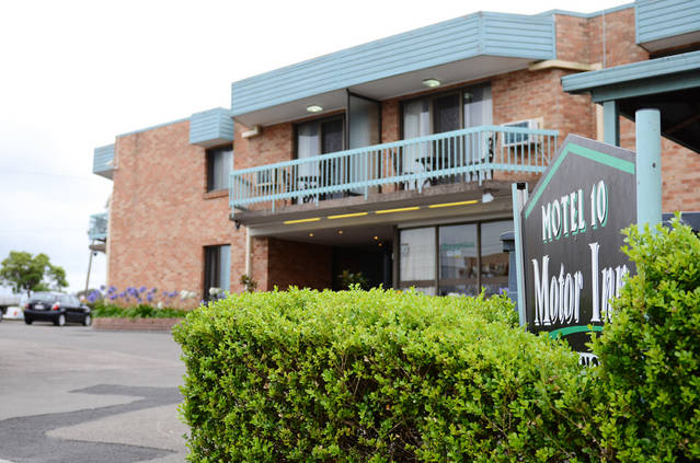 Motel 10 - Tourism Bookings WA