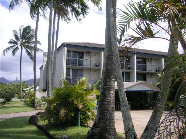 Cairns Holiday Lodge - Tourism Bookings WA