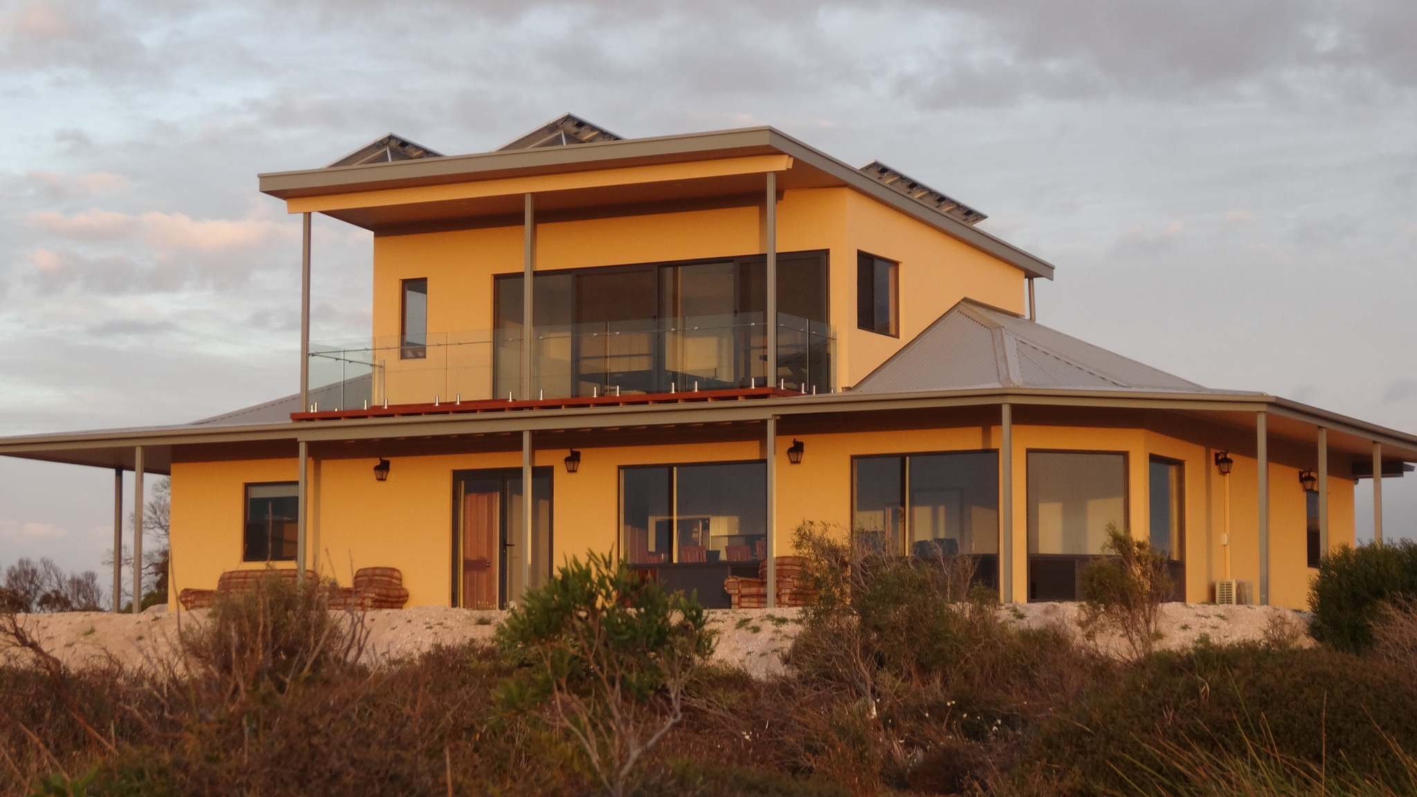 Dolphin Holiday House - Tourism Bookings WA