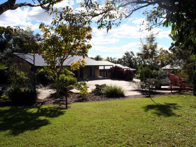 Emeraldene Inn  Eco-Lodge - Tourism Bookings WA