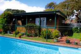 Jay - Jay's Cottage B  B - Tourism Bookings WA
