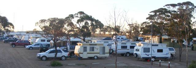 Woomera Traveller's Village  Caravan Park - Tourism Bookings WA