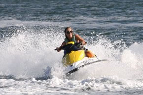 Extreme Jet ski Hire - Tourism Bookings WA
