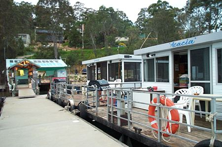 Clyde River Houseboats - Tourism Bookings WA
