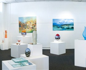 Framed Art Gallery - Tourism Bookings WA