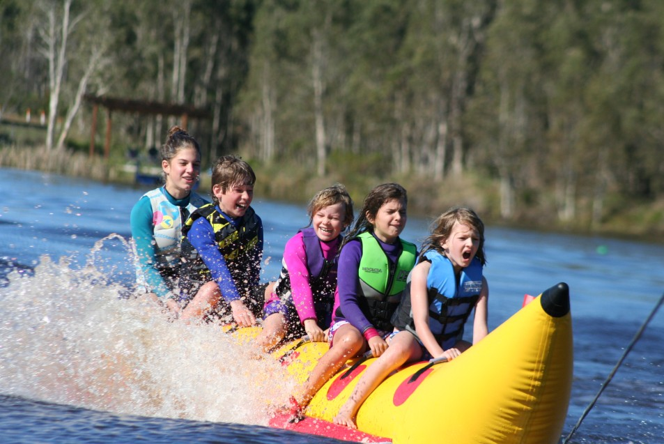 Oz Ski Resort - Tourism Bookings WA