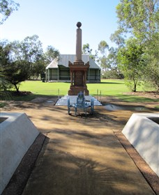 Mitchell War Memorial - Tourism Bookings WA