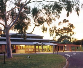 Swan Hill Regional Art Gallery - Tourism Bookings WA
