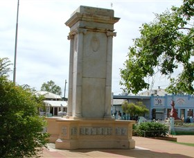 Charleville War Memorial - Tourism Bookings WA