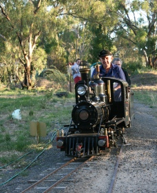 Jerilderie Steam Rail - Tourism Bookings WA