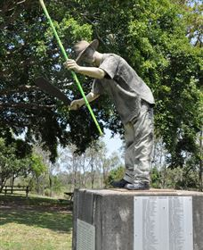 Cane Cutter Memorial - Tourism Bookings WA