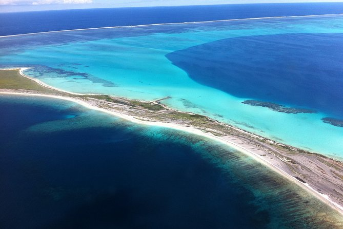 Abrolhos Islands Fixed-Wing Scenic Flight from Geraldton - Tourism Bookings WA