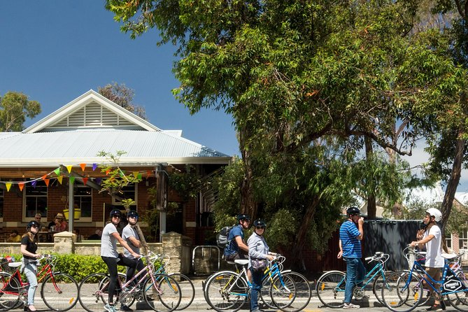 Explore Freo the local way on our 3 hour bike tour - Tourism Bookings WA