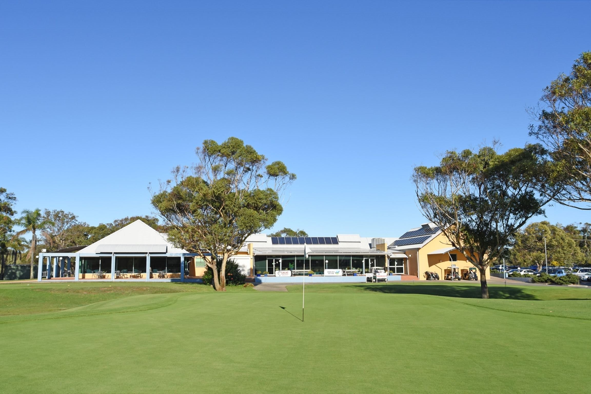 Hawks Nest Golf Club - Tourism Bookings WA