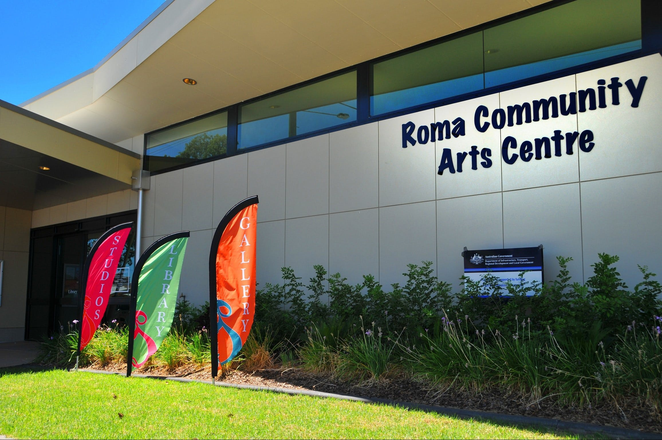 Roma on Bungil Art Gallery and the Walk of Art - Tourism Bookings WA