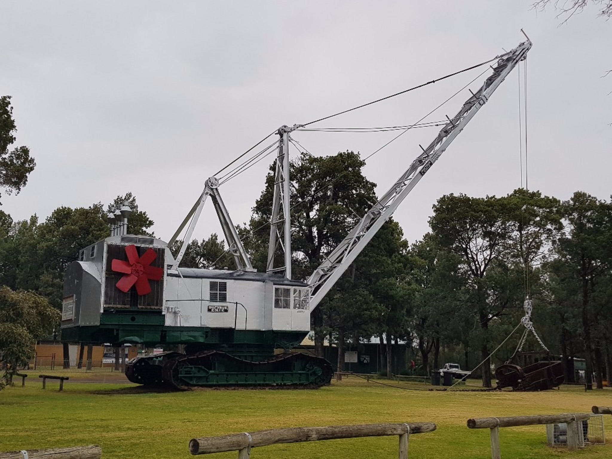 Coleambally Bucyrus Erie Dragline Excavator - Tourism Bookings WA