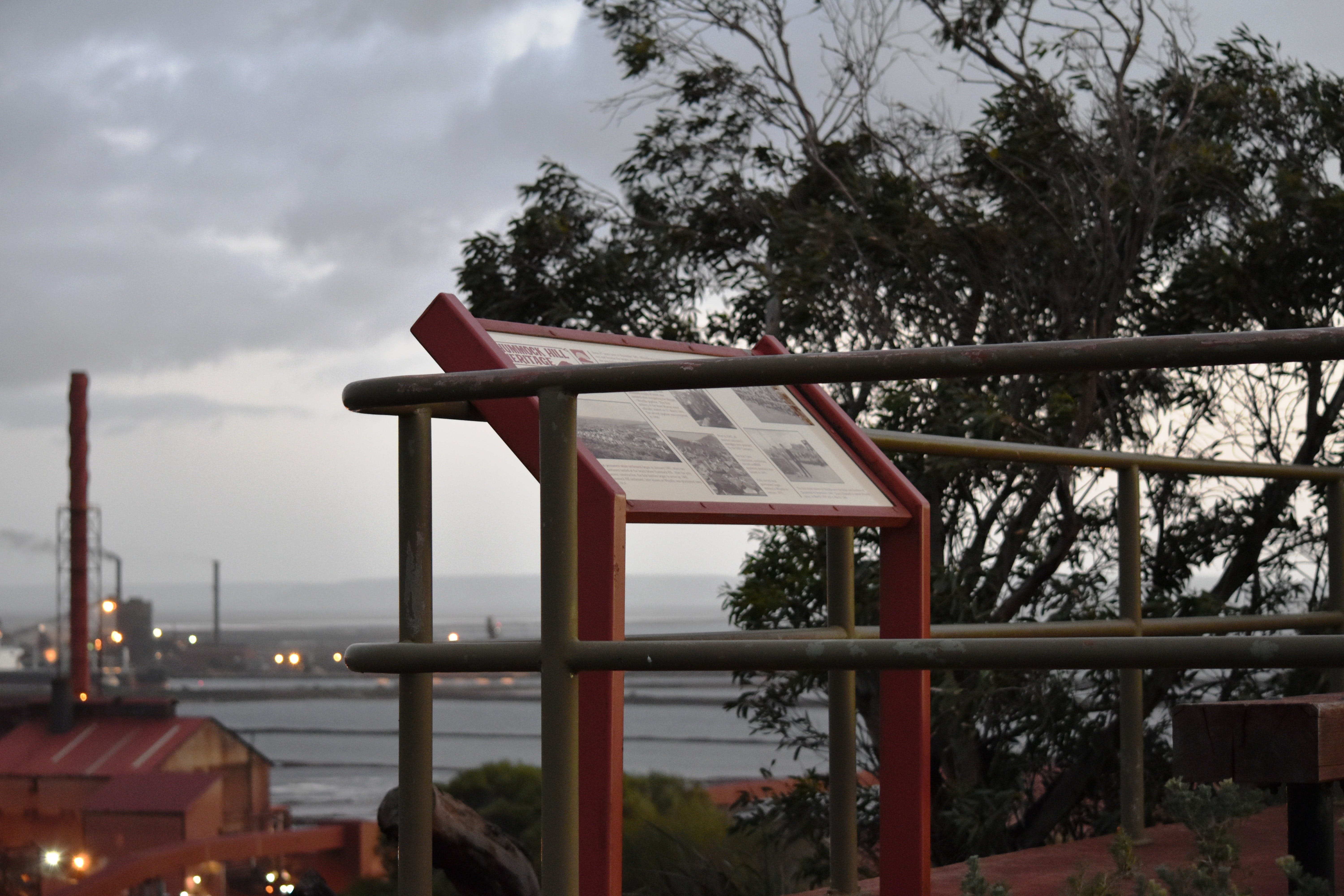 Hummock Hill Lookout - Tourism Bookings WA