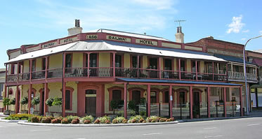 Railway Hotel - Tourism Bookings WA