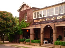 Burrawang Village Hotel - Tourism Bookings WA