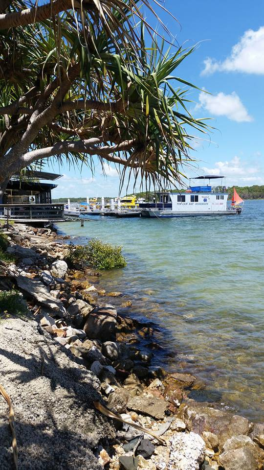 Tin Can Bay Yacht Club Bistro - Tourism Bookings WA