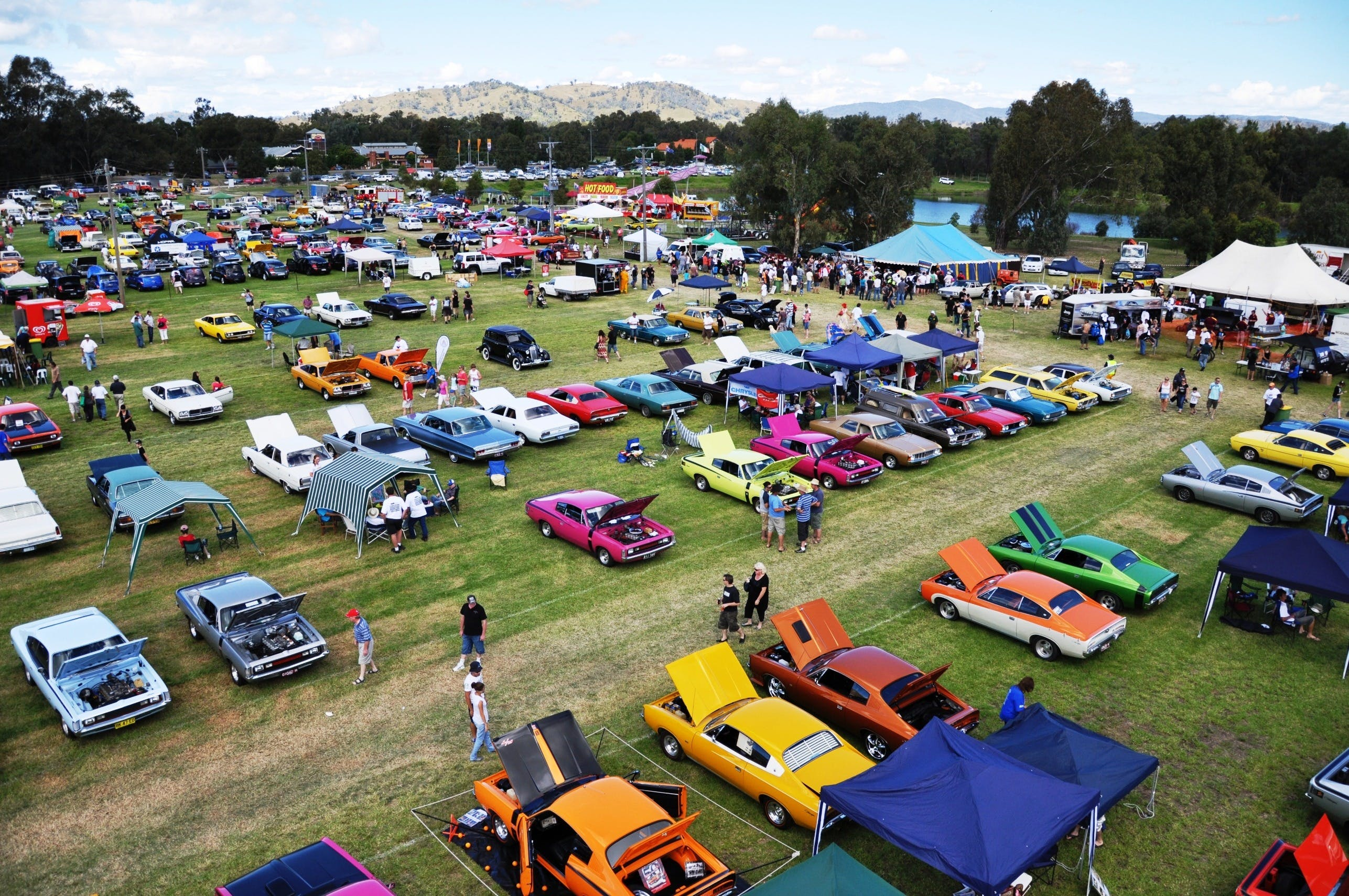 Chryslers on the Murray - Tourism Bookings WA