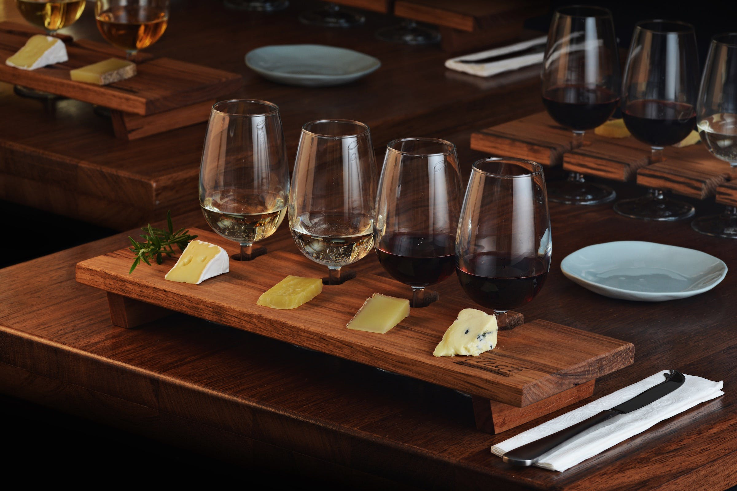 Taste Yarra Valley - Tasting Flights wine and cheese - Tourism Bookings WA