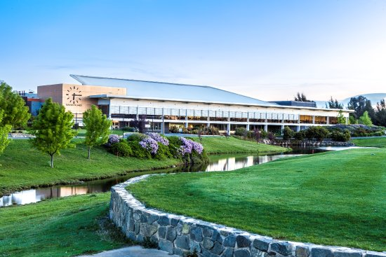 Gungahlin Lakes Golf Club - Tourism Bookings WA