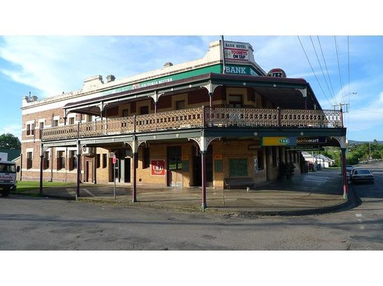 Bank Hotel Dungog - Tourism Bookings WA