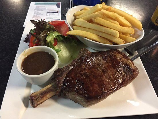 Sporties Steak  Grill - Tourism Bookings WA