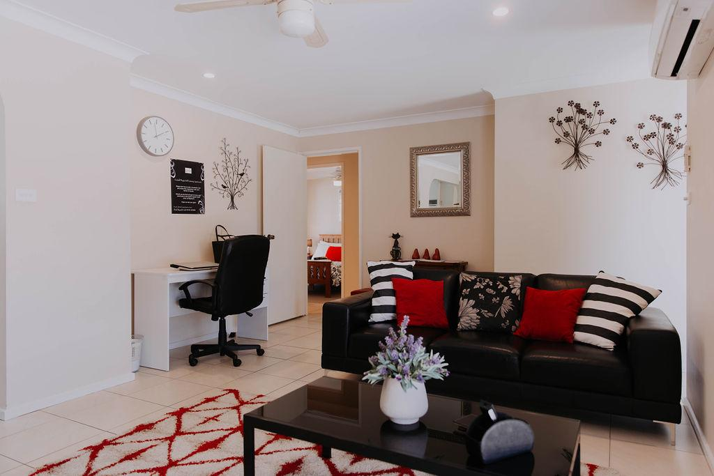 Central Wagga Self Catering Apartment - Tourism Bookings WA