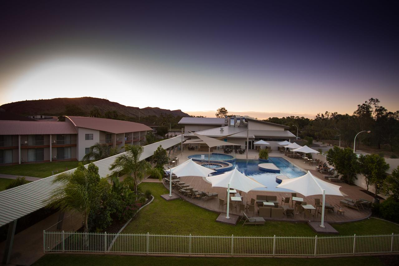 Crowne Plaza Alice Springs Lasseters - Tourism Bookings WA