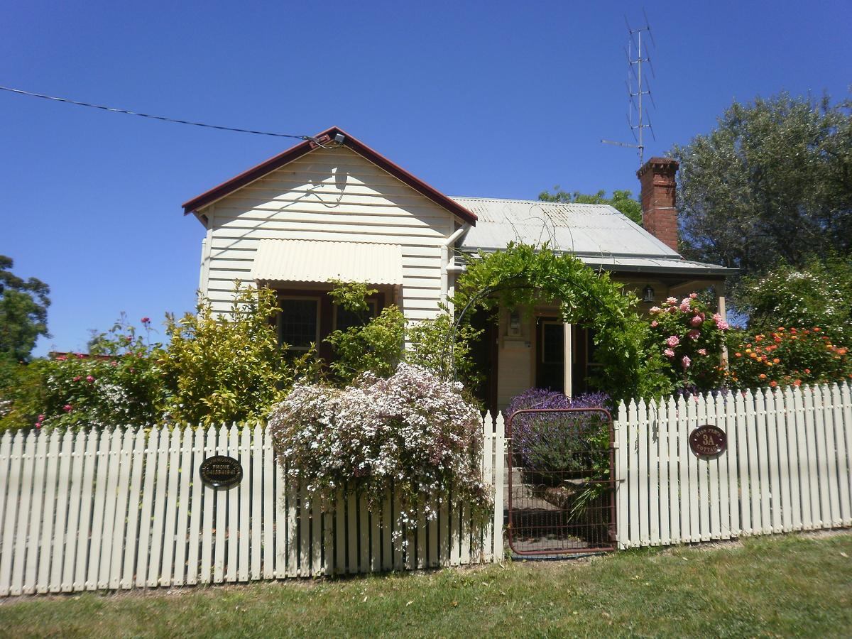 Miss Pym's Cottage - Tourism Bookings WA
