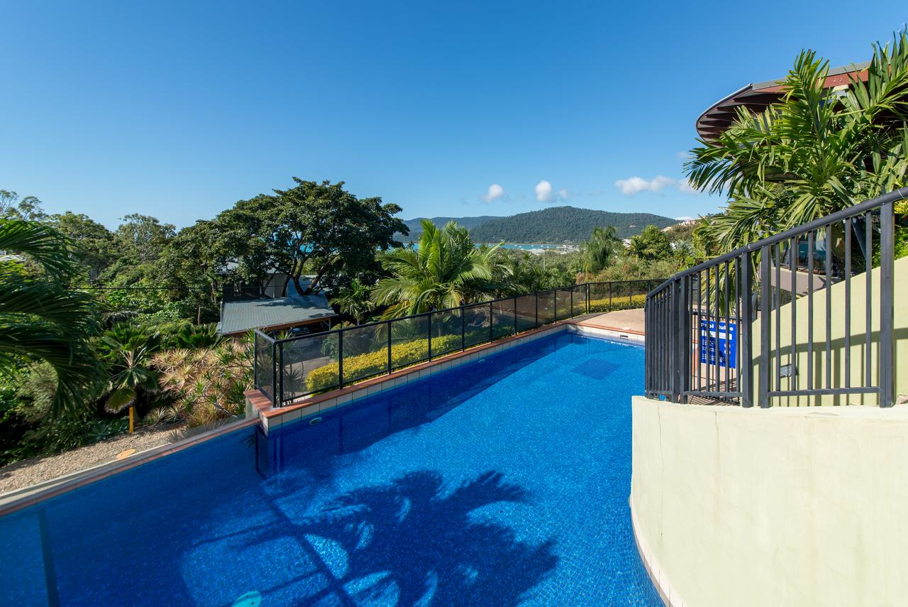 Paradise Penthouse at Waves - Airlie Beach - Tourism Bookings WA